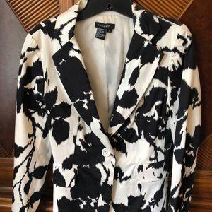 Sandro black and white blazer small